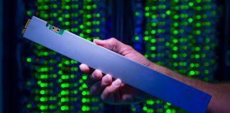 QLC Intel SSD D5-P4326 för datacentraler