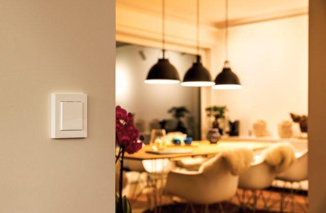 Eve Light Switch EU Lifestyle 02
