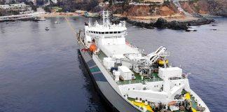Fartyg lägger Grace Hopper-kabel