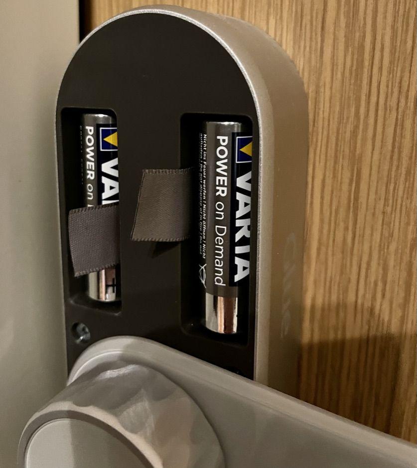 Glue Smart lock pro – batteriet